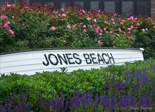 Jones Beach entrance