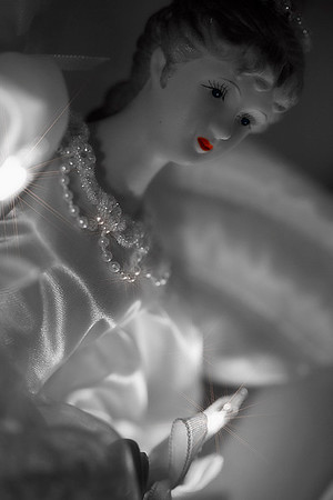Cristmas angel on the mantel...selective color.