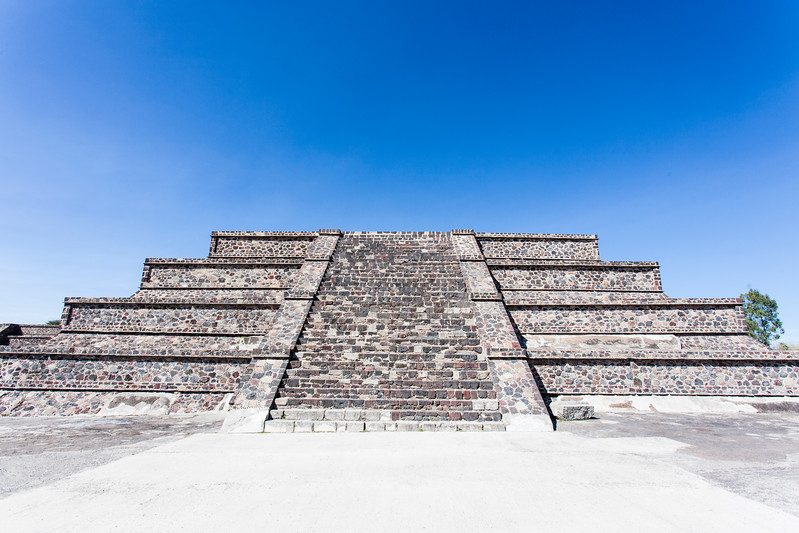 MEXICO. TEOTIHUACAN. TEMPLES AT PLAZA DE LA LUNA SQUARE.