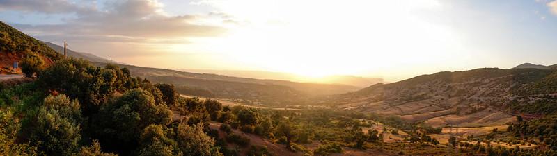 HIGH ATLAS MOUNTAINS. CENTRAL MOROCCO. MOROCCO. NORTH AFRICA.
