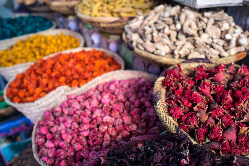 MARRAKECH. MOROCCAN SPICES ON A MARKET.  [4]