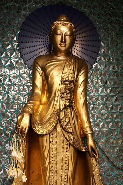 YANGON. RANGOON.SHWEDAGON PAGODA. BUDDHA. BURMA. MYANMAR.