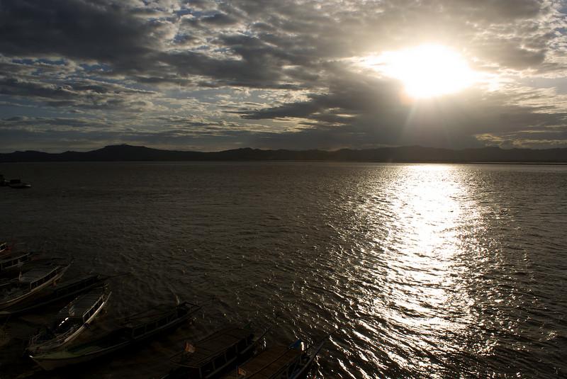 SUNSET AT AYEYARWADY RIVER. BAGAN. MANDALAY DIVISION. MYANMAR | BURMA.