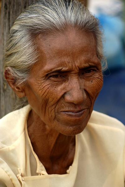 INLE LAKE. BURMESE LADY. LOCAL MARKET. BURMA. MYANMAR.