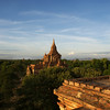 BAGAN. ARCHEOLOGICAL SITE. SUNRISE SEEN FROM THE MINGALAZEDI PAYA.
