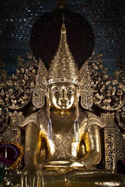 Sandamuni Paya - Mandalay - Myanmar   Burma by JeeWee 2009