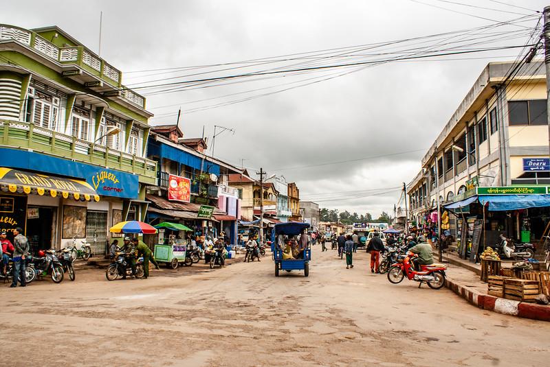 Pyin U Lwin - Mandalay District - Myanmar | Burma by JeeWee 2009