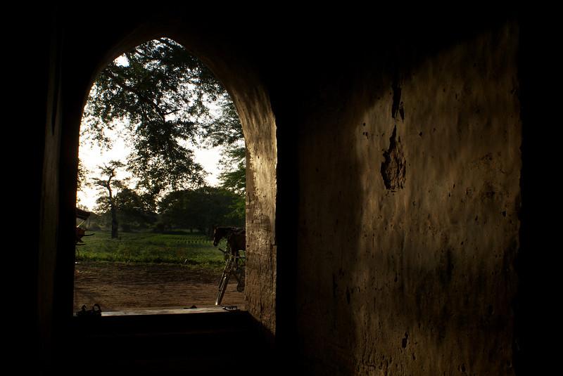 Archeological site of Bagan - Myanmar | Burma. Sunrise at Mingalazedi Paya. 12-07-2009.
