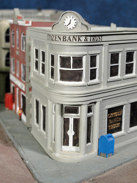 Close-up of Citizen Bank & Trust.
