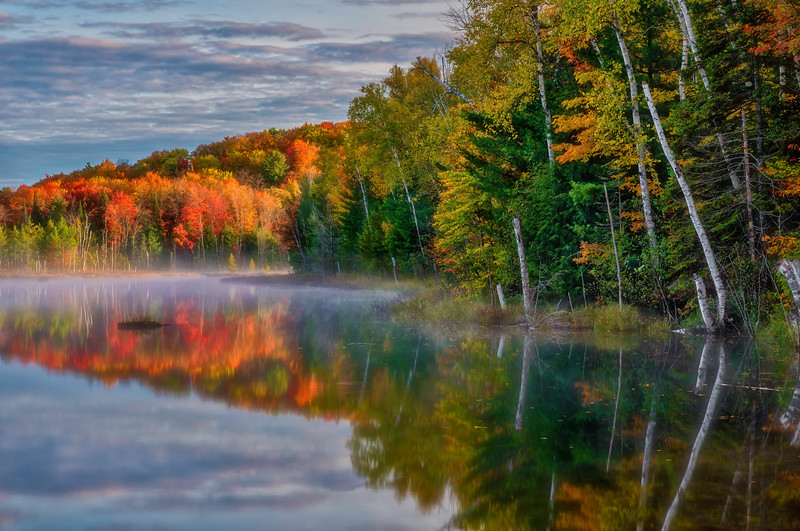 Delicate_Dawn-MI-UP-Dawn-Lake-Reflections_161014_0192