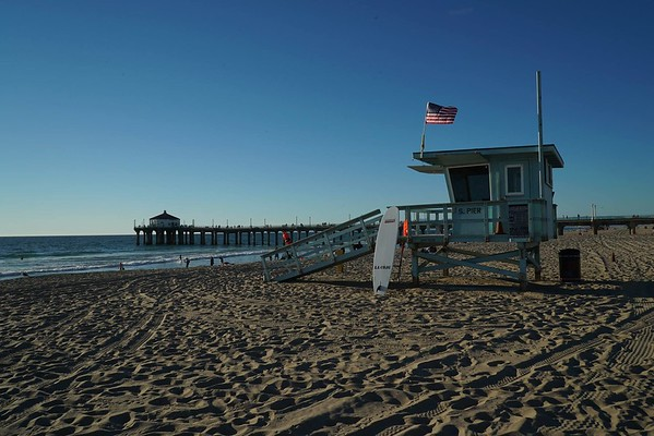 The Manhattan Beach Pier and Roundhouse