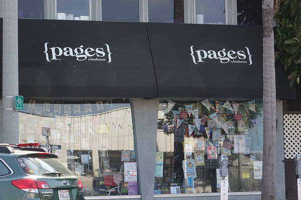 Pages, a bookstore