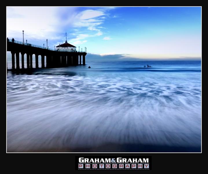 Manhattan Beach Pier, waves