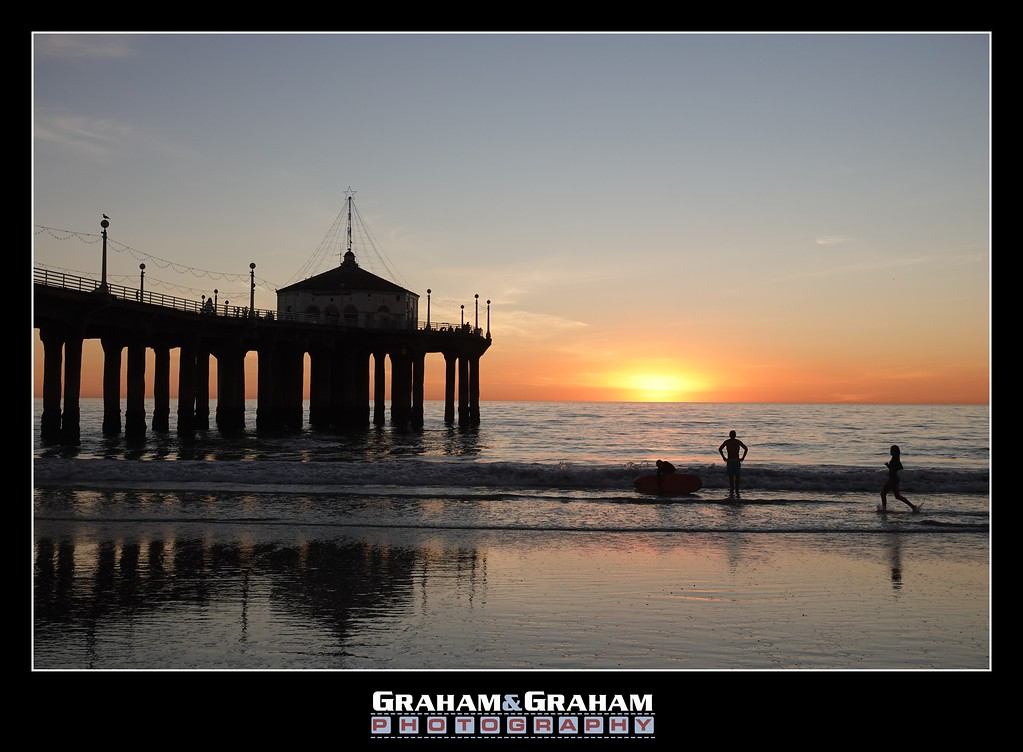 Sunset by the Manhattan Beach Pier