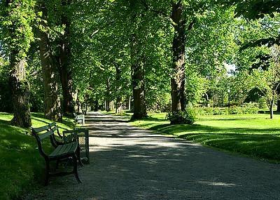 21 Public Gardens