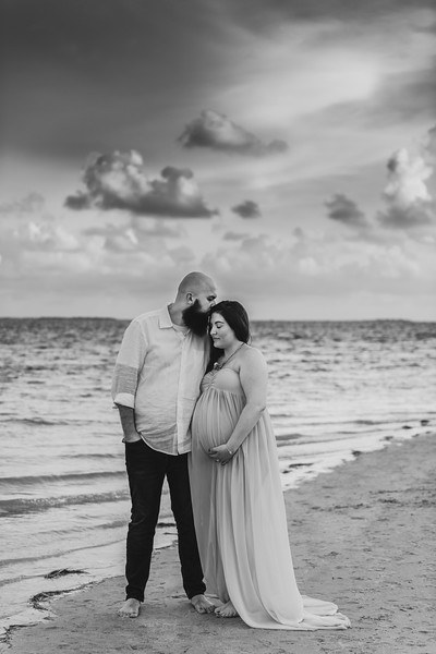Best Friends Maternity Photo Session