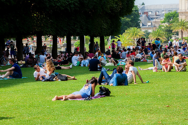 Sunday in the Parc