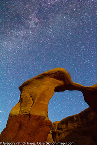 Metate Arch in The Devil's Garden with the Milky Way.