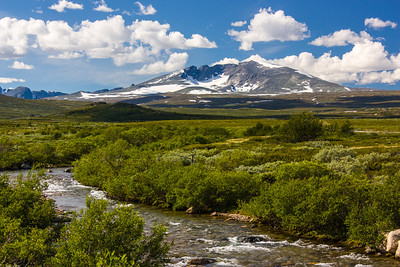 Snøhetta, 2286 metres above msl, is the highest mountain in Dovrefjell, and the highest in Norway outside Jotunheimen