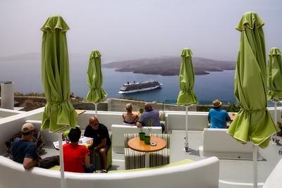 Oia Santorini, Spending Time