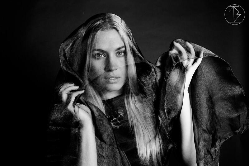 Model Samra Lovelady