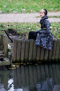 Jaapanist inspireeritud moestilistika.Stilist Beatrice.Modell, naine, tüdruk jõe kaldal.