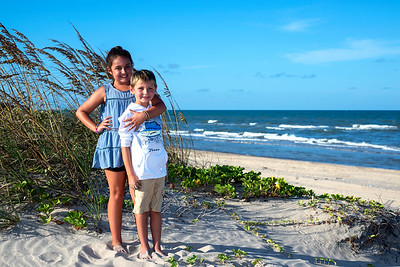 Portrait of Jadyn and Travis at South Padre Island