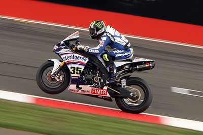 Crutchlow takes the double at Silverstone