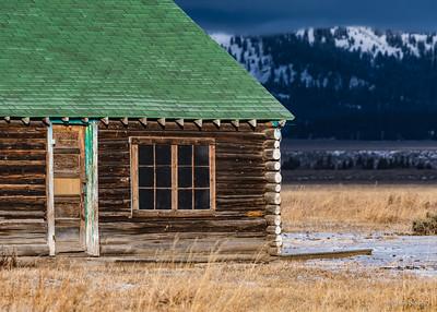 Moulton cabin