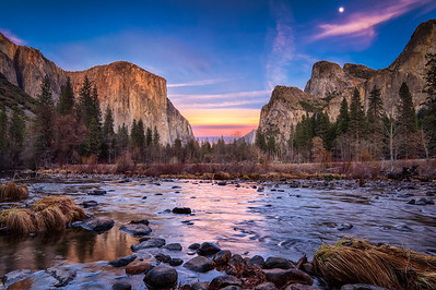 Yosemite_Valley_View-03