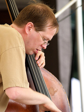 Bass player Andy Lloyd in action.  Andy's a great guy and also plays with the quintet I'm in - Quint Essence.