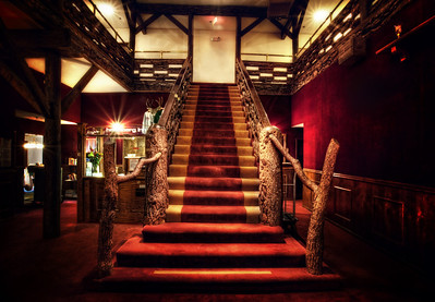 "Stairway at The Heidelberg  The Heidelberg was like stepping back into a bygone era! It first opened in 1928 and a popular movie location during the 1930s for oldies but goldies like ""Road to Utopia"" with Bob Hope and Bing Crosby. It was a big movie star getaway back in those days... there are photos of Betty Grable, Clark Gable, Charlie Chaplin and others along the walls. I just thought it was such a cool spot... and always felt like some grand film star procession was about to waft down the stairs    ©Karen Hutton - Creative Commons (CC BY-NC 3.0)"