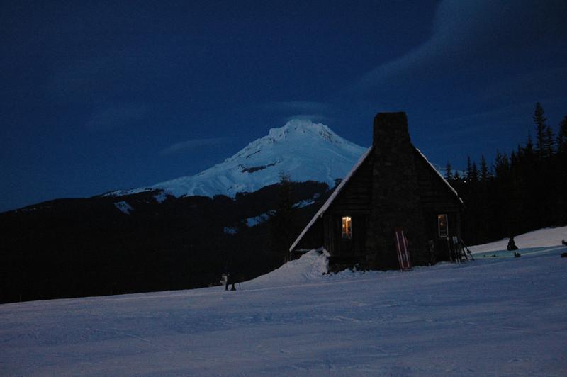 Warmming Hut<br /> Ski-Bowl Mt. Hood, Or