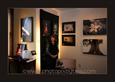 Photography Exhibit at Antony's Gallery in Whitby .. November 25 - 28, 2010 See SNAP Whitby for further photo coverage: http://www.snapwhitby.com/?option=com_sngevents&id%5B0%5D=220687&photoId=913656&utm_source=facebook&utm_medium=snapd edit
