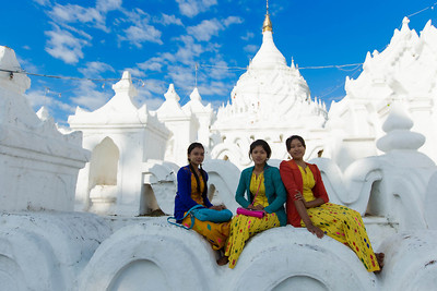 Posing at the Hsinbyume Pagoda