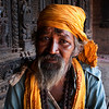 OLD MAN WITH GREY BEARD. NYATAPOLA TEMPLE. BHAKTAPUR. KATHMANDU VALLEY. NEPAL.