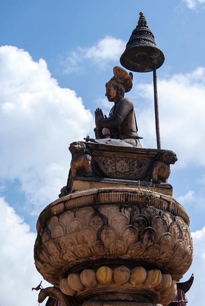 BHAKTAPUR. DURBAR SQUARE. KING BHUPATINDRA MALLA'S COLUMN.