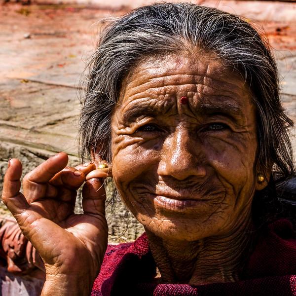 DHULIKHEL. KATHMANDU VALLEY. AUNTIE MENCHA  (63).