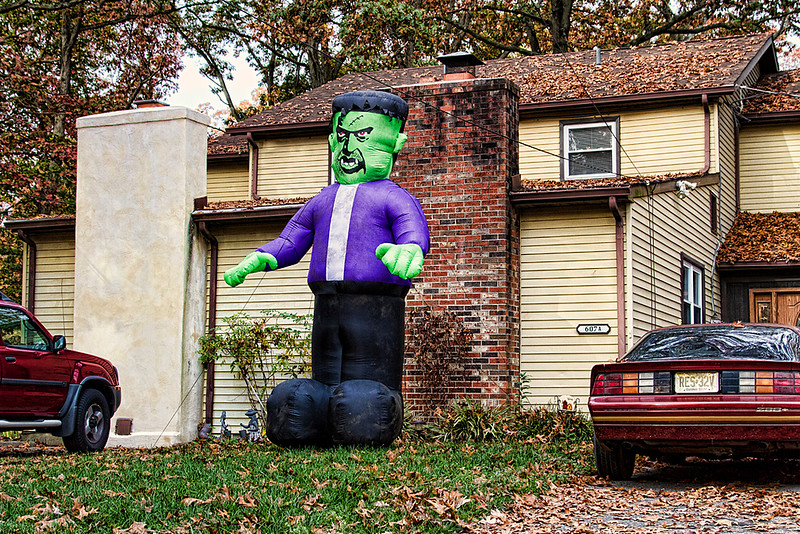 <center>IMG#5484 Glassboro...2012 Halloween made a visit. <center>