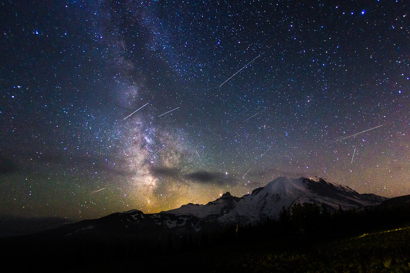 Meteor Showers at Mount Rainier National Park, WA