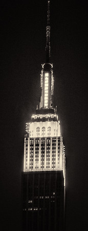 Empire_State_Close_Up_70707_115_Ted_Davis_310_430_2639