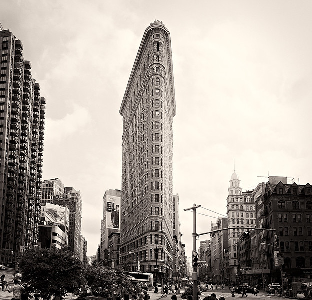 Flatiron_2_51206_photo_Ted_Davis_310-430-2639