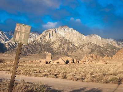 Lone Pine Sign