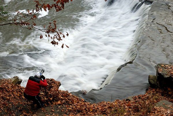 Photographing Chagrin River Falls