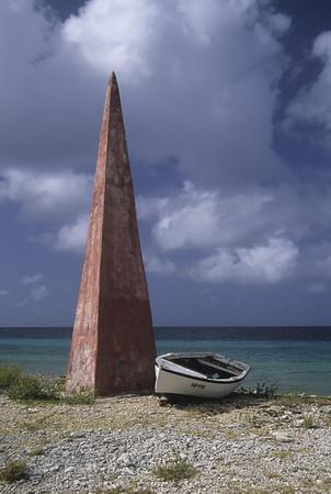 Obelisk, Bonaire