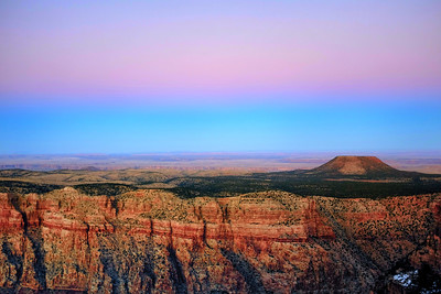 "Majestic Grand Canyon. Picture taken a few minutes after sunset to capture the ""golden light"""