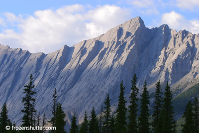 Queen Elizabeth Mountains - Jasper National Park - Alberta, Canada