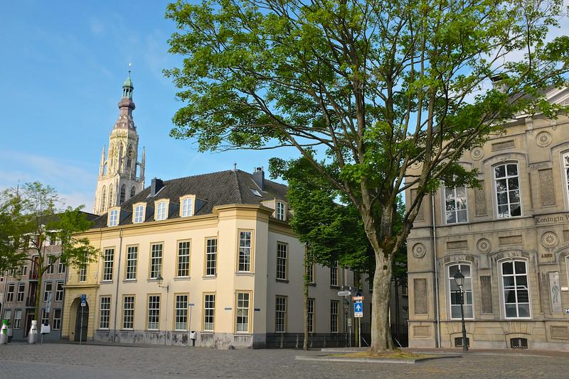 Giant Tree Counter Balances - Breda, Netherlands