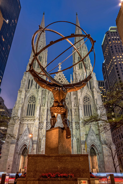 Atlas in Front of St. Patrick's Cathedral (New York City)
