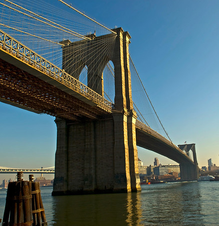 Brooklyn Bridge, East River, NYC